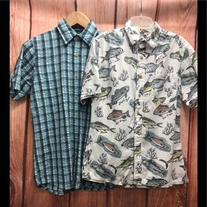 2 short sleeve button down shirts size small